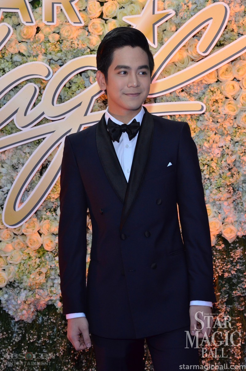 Star Magic Ball 2016: The Greatest Love stars in their most fashionable gowns and suits